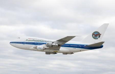 Despegue del Boeing 747SP de Pratt & Whitney con el motor PW1900G.