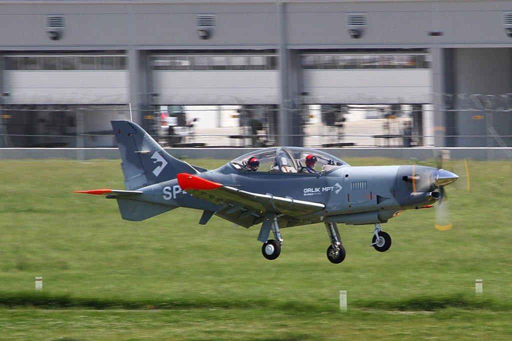 Entrenador militar PZL 130 Orlik