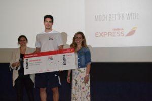 Celebración del pasajero 30 millones de Iberia Express.