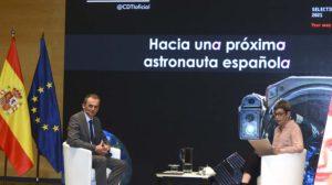 Pedro Duque durante la sesión de preguntas a la que se sometió.