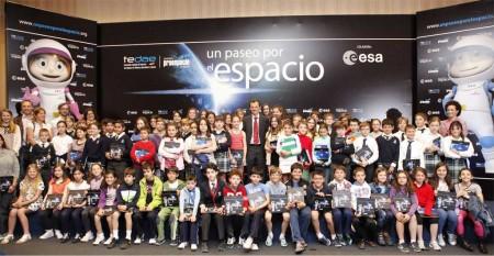 Pedro Duque presentó el libro Un Paseo por el Espacio