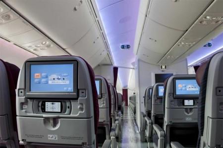 Detalle de la clase turista en el nuevo B-787 de Qatar Airways.