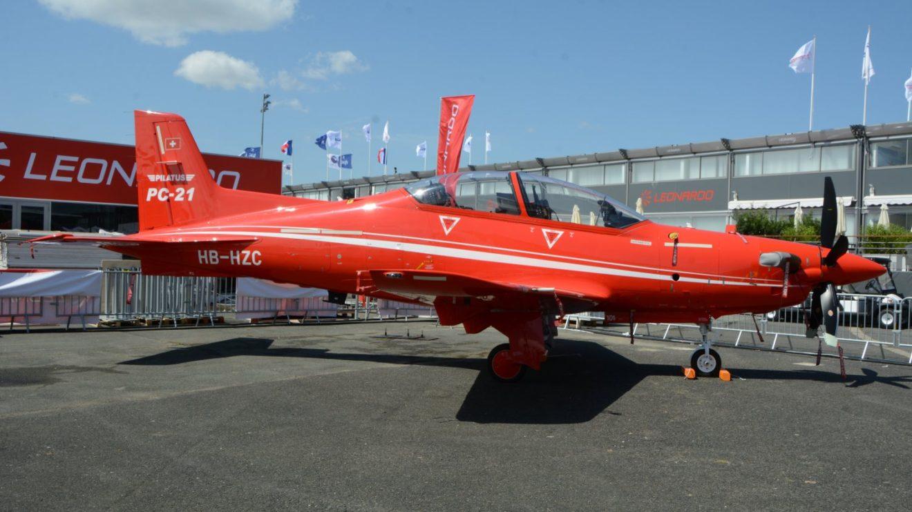Pilatus PC-21.