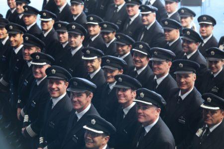 Pilotos de British Airways en una imagen promocional de la aerolínea. Sus huelgas le han costado a IAG 137 millones de euros.