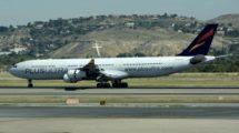 Avión Airbus A340-300 de Plus Ultra