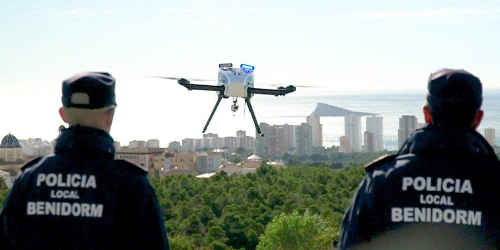 Cada vez más cuerpos de policía y seguridad españoles hacen uso de drones en sus misiones de vigilancia.