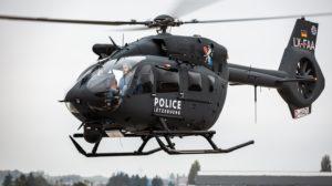 El Airbus Helicopters H145M de la policía de Luxemburgo en uno de sus vuelos de prueba previos a su entrega.º