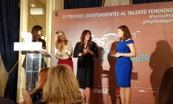 Entrega a Estefanía Matesanz del premio MAS2017 en la categoría ciencia y tecnología
