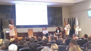 Teresa Busto, presidenta e isabel Maestre, vice presidentas de Ellas Vuelan Alto en la presentación de la nueva asociación.