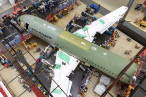 Airbus ya ha completado ya la unión de las secciones del fuselaje y las alas del primer ACJ320neo .