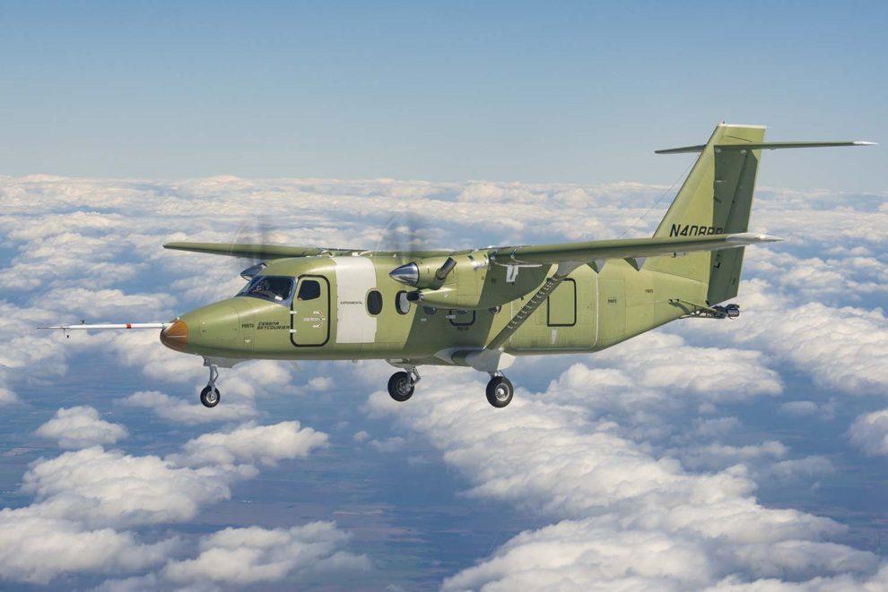 El Cessna SkyCourier durante su primer vuelo.
