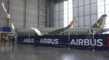 Airbus A321neo para Primera Air en la cadena de montaje de Airbus en Finenwerder.