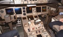 Cockpit del Boeing 777 de Privilege Style.