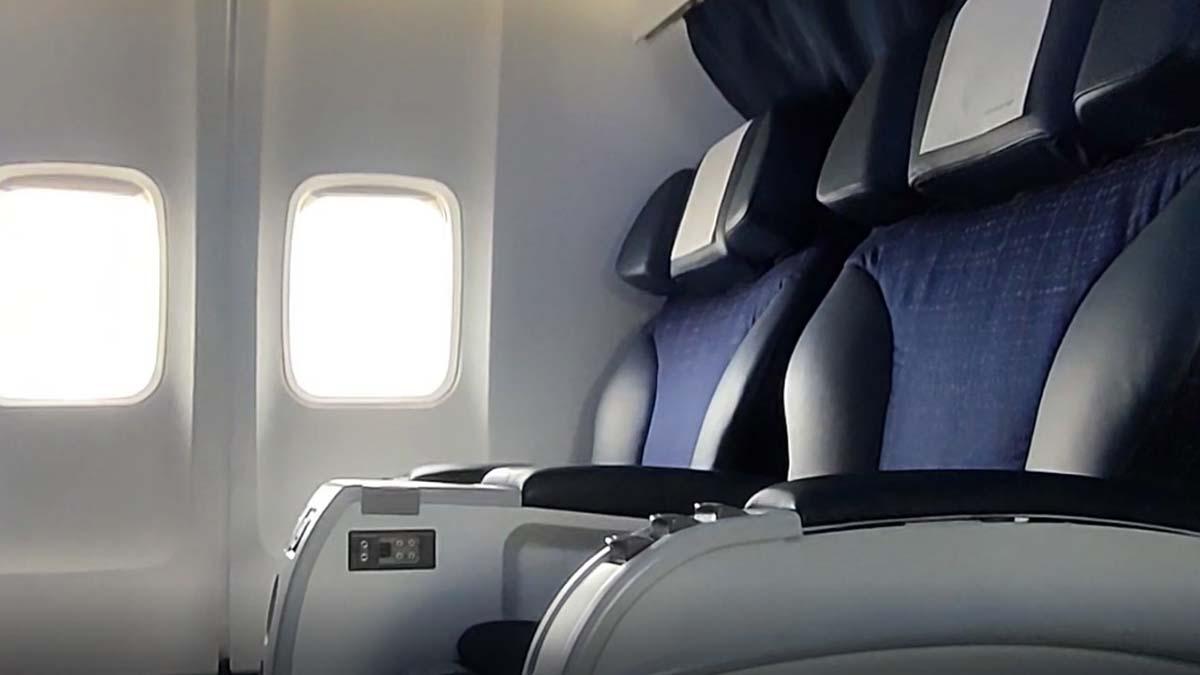 Los nuevos asientos, además de más espacio, ofrecen mayor privacidad gracias al diseño del reposabrazos central.