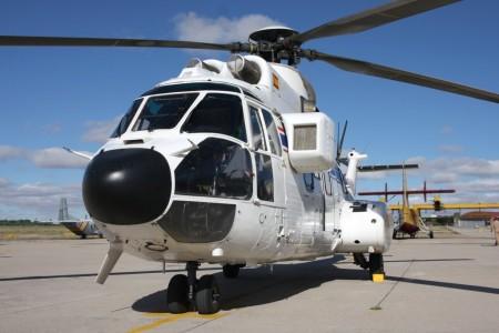 Helicóptero AS332 del 403 Escuadrón.