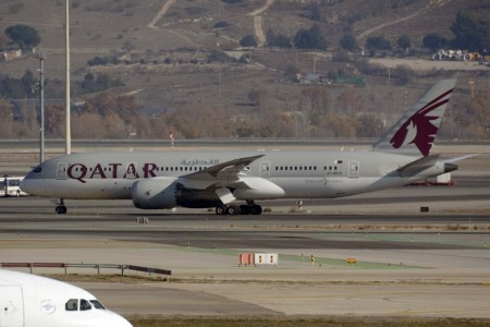 Boeing 787 de Qatar Airways en el aeropuerto Adolfo Suárez Madrid Barajas.