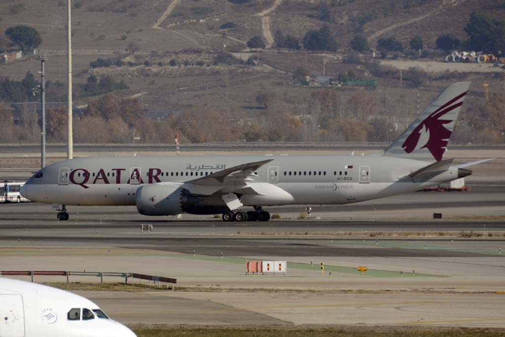 Qatar airways dispondr de de wi fi gratuito para sus for Oficina qatar airways madrid