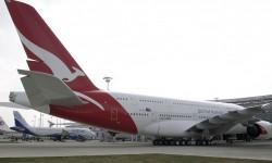 El Airbus A380 de Qantas cuyo motor explotó en vuelo en noviembre de 2010.