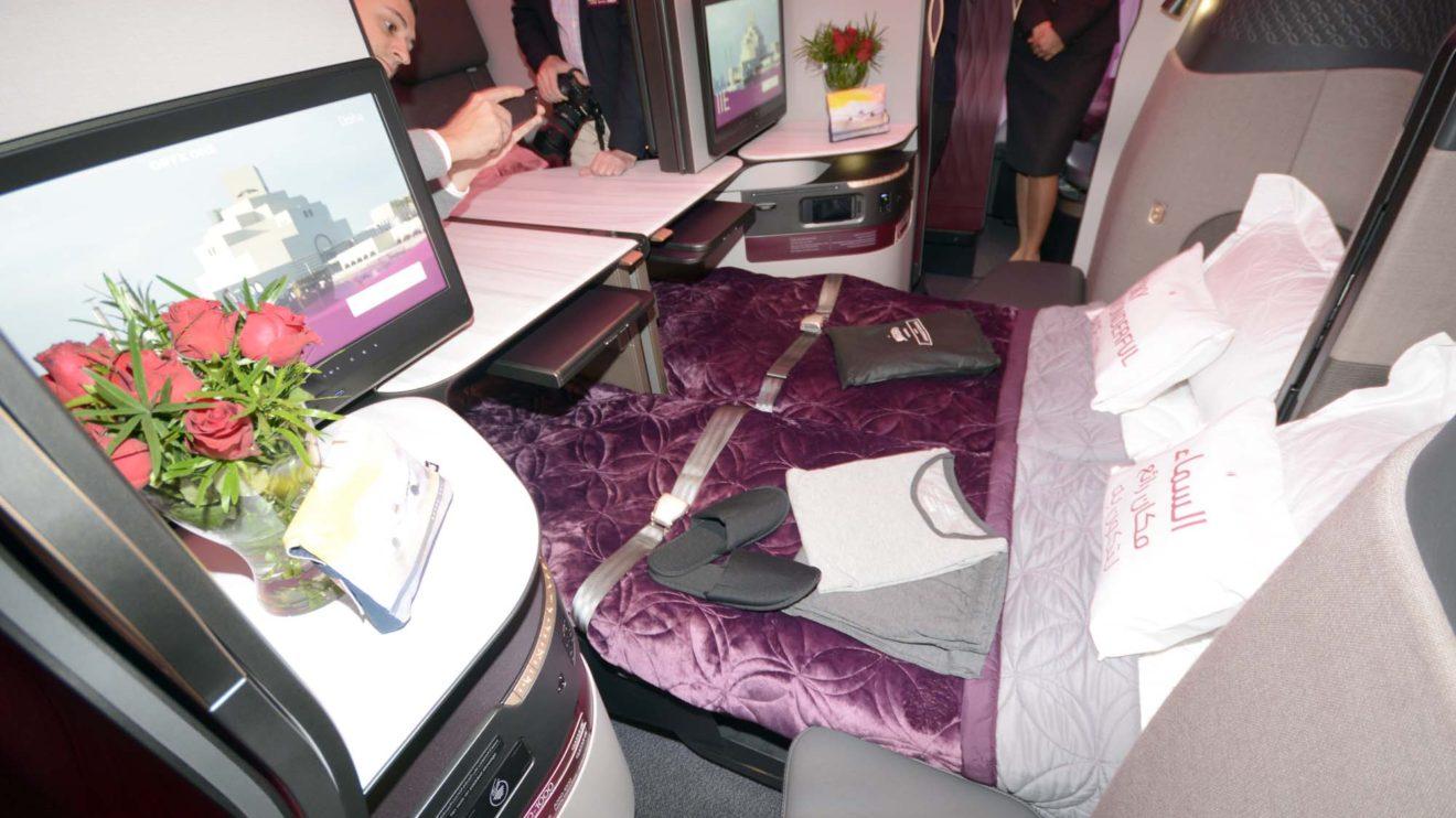 Dos de los asientos de la QSuite se unen en una cama doble. Los otros dos forman dos camas sepradas.