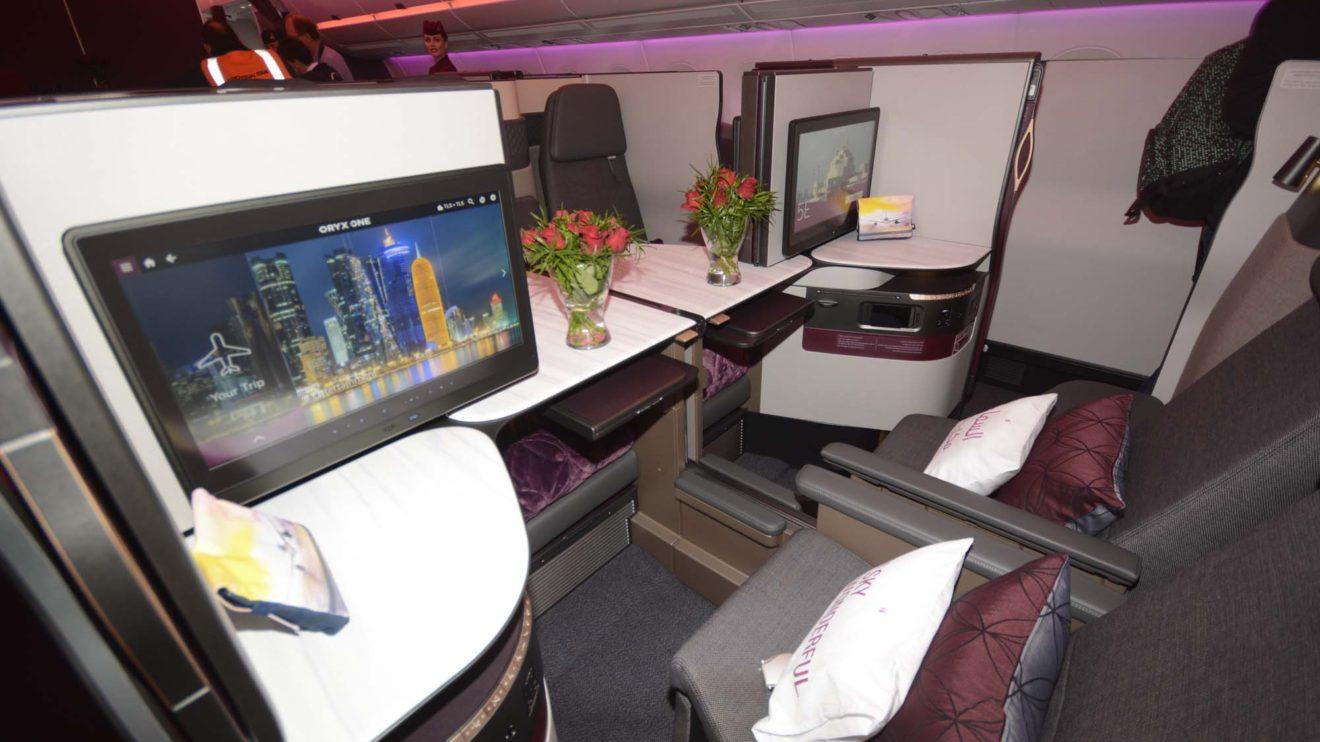 La QSuite, como Qatar Airways llama a su nueva oferta de clase business, permite unir cuatro asientos.