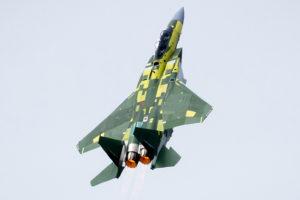 Despegue de máximas prestaciones del primer Boeing F15QA para Qatar.