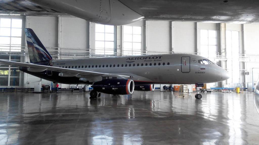 Sukhoi Superjet 100 RA-89028 de Aeroflot