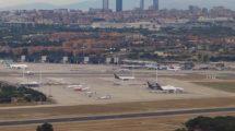 aeropuerto de Madrid Barajas será ampliada entre mediados de 2018 y principios de 2019 con cuatro nuevos puestos de estacionamiento.