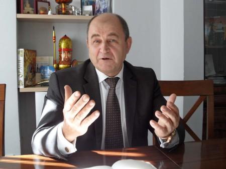 Nikolai Testoyedov, director general de Reshetnev durante su entrevisa con Fly News en Madrid