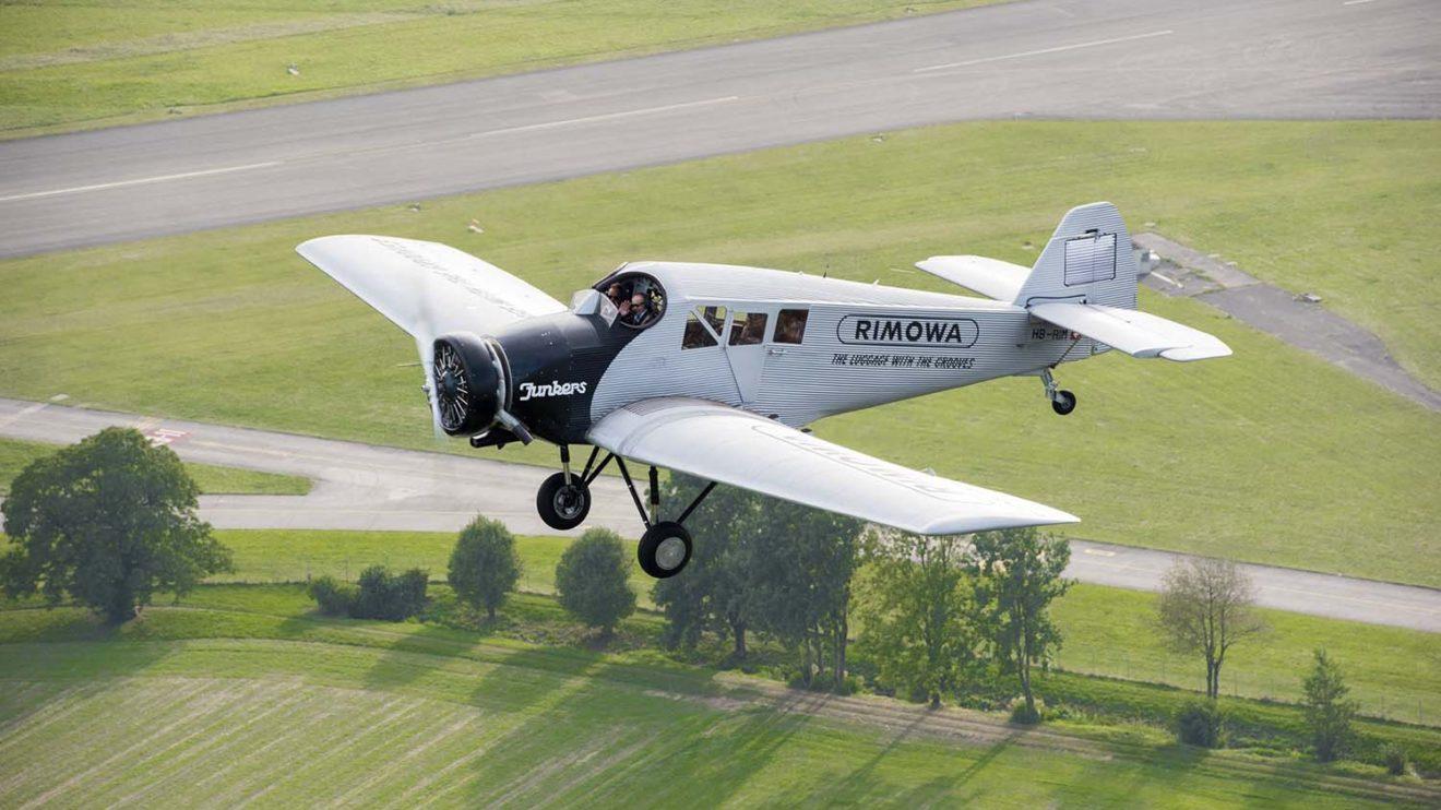 La empresa suiza Rimowa está comercializando réplicas del F13 construidas a partir de los planos originales.
