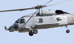 """El copiloto del SH-60 aprovecha para inmortalizarnos al tempo que nos """"vigilan"""" con el FLIR."""