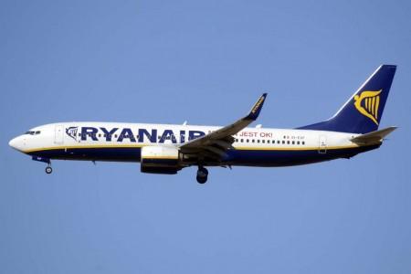 Ryanair amplia su oferta de vuelos desde valencia para el verano de 2017.