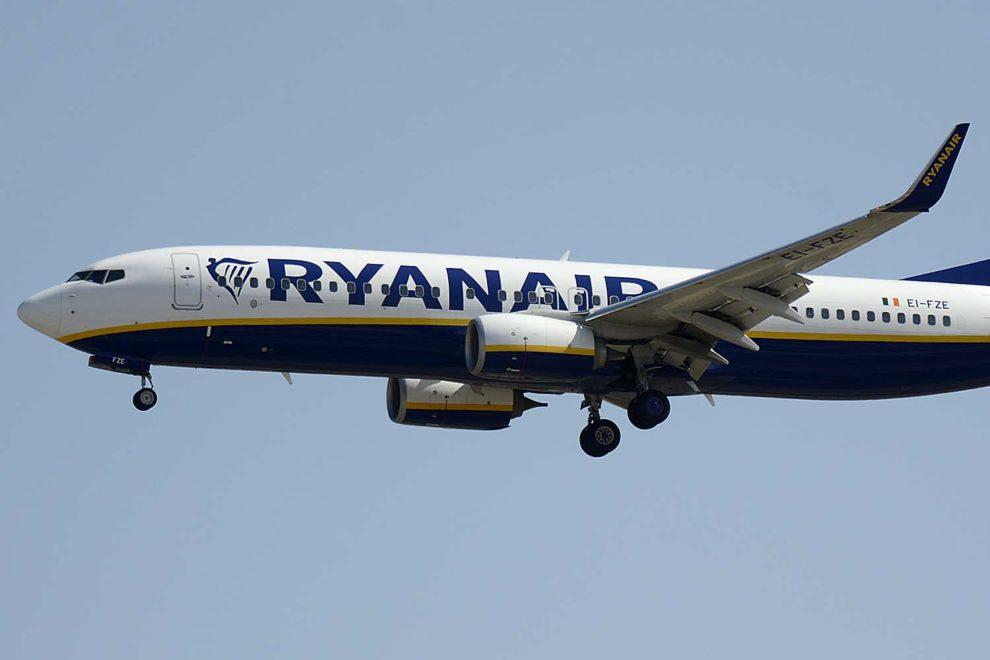 Ryanair ha reducido sus operaciones en un 90 por ciento por la pandemia del coronavirus.