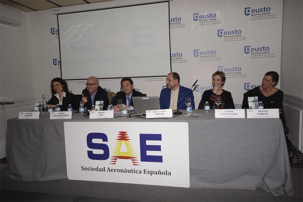 Todos los participantes de la Jornada ¿Por qué me hice? organizada por la SAE en la Deusto Business School