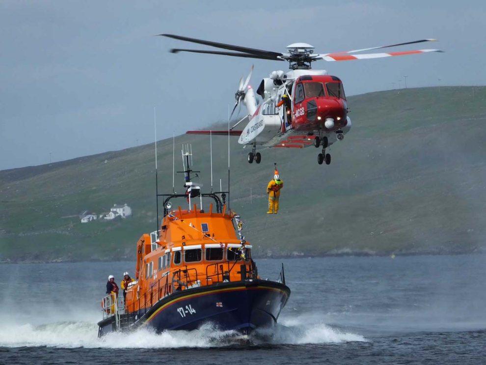 El servico SAR para los Guarda Costas de Reino Unido lo presta actualmente Bristow con helicópteros Sikorsky S-92A y Leonardo AW189.