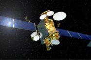 Tras los satélites eléctricos, llegarán los satélites con fibra óptica para transmitir las señales por todo el satélite.