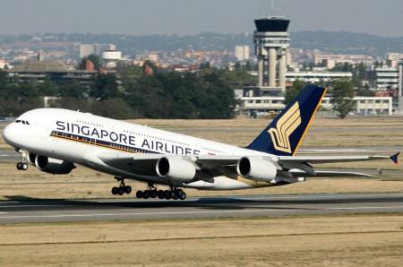Airbus A380 9V-SKT