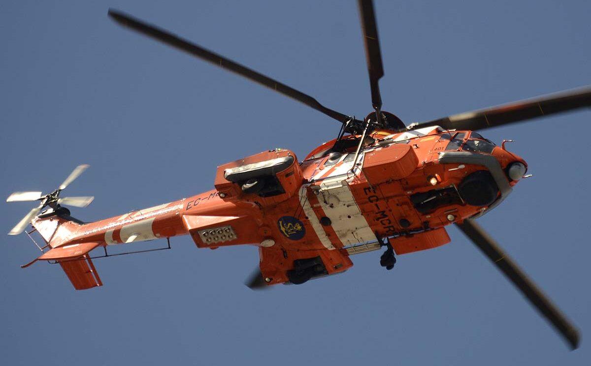Eurocopter EC-225 de Salvamento Marítimo sobre La Castellana.