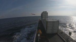 El misil ANL/Sea Venom instantes antes de impactar contra el blanco en su tercer disparo de pruebas.