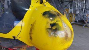 Quemaduras eléctricas en el radomo del helicóptero.