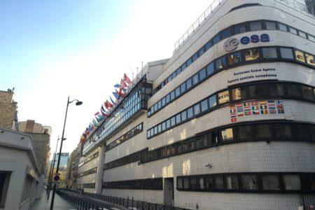 Sede de la ESA en París, donde se negocia actualmente el presupuesto de la agencia.