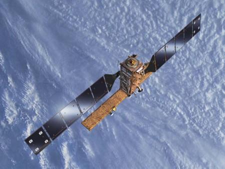 Ilustración del Sentinel 1B en órbita.