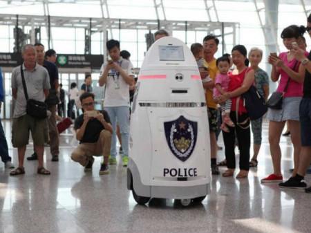 Un anbot en el aeropuerto de Shenzhen.