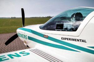 Siemens,, en sus trabajos para desarrollar la propulsión eléctrica para aviones había probado en vuelo un demostrador equipado con un motor de este tipo.