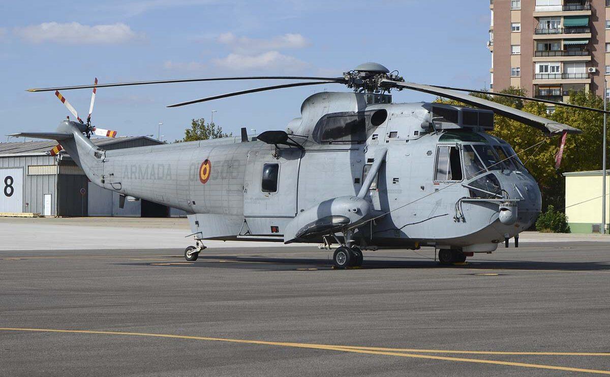 Podría ser la última vez que veamos desfilar al Sikorsky SH-3 de la Armada.
