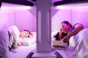 Dormir en una cama en clase turista puede dejar de ser un sueño imposible.