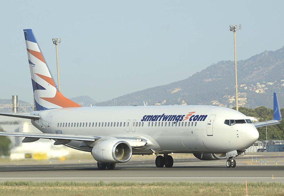 Smart Wings cuenta con aviones Boeing 737 que refuerza en verano con el alquiler de otros a aerolíneas de Estados Unidos.