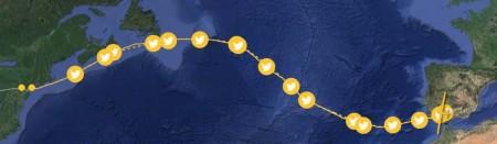 Ryta seguida por Piccard con el Solar Impulse 2 sobre el Atlántico. Los puntos señalan los momentos en los que el piloto ha estado presente en las redes sociales durante el vuelo.