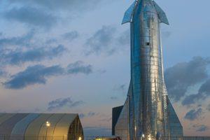 La nave Spaceship mide 55 metros de altura y podrá llevar cargas de más dde 100 toneladas.