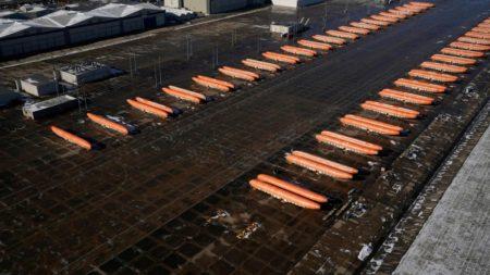 En enero Boeing dejó de pagar a Spirit AeroSystems por producir nuevos fuselajes y almacenarlos a la espera de su entrega.