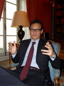 El director general de Arianespace, Stephan Israël, ha establecido como objetivo para la empresa incrementar los lanzamientos un 30 por ciento en 2014.